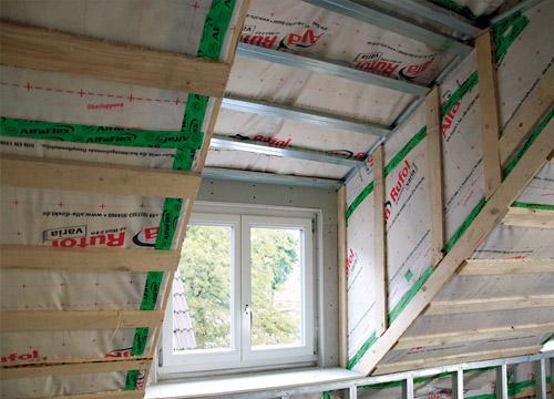 Luftdichte Gebäudehülle mit Alfa Rufol varia und AlfaFlex