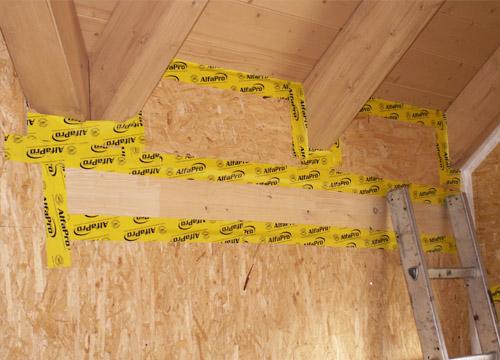 Holzständerbau luftdicht verkleben mit AlfaPro