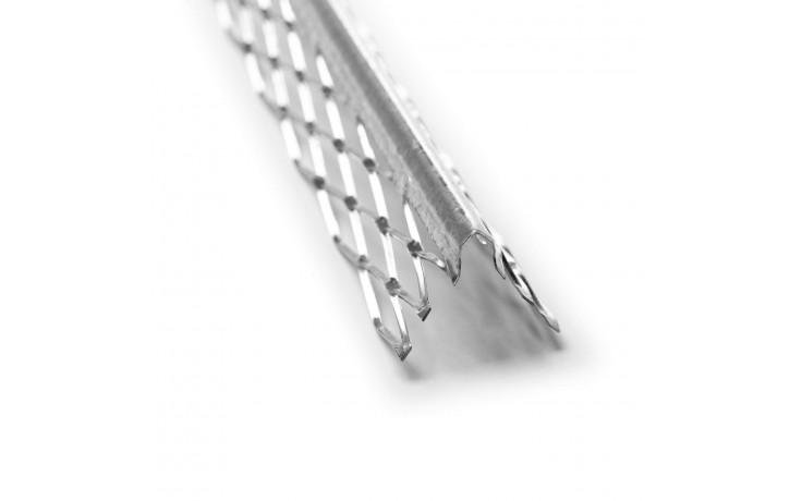 Spitzes, besonders stabiles Kantenprofil mit rautenförmigem Stahlblechgewebe